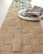 see how to make a jute table runner