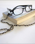 make a spectacle chain
