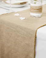 see how to make a wedding table runner
